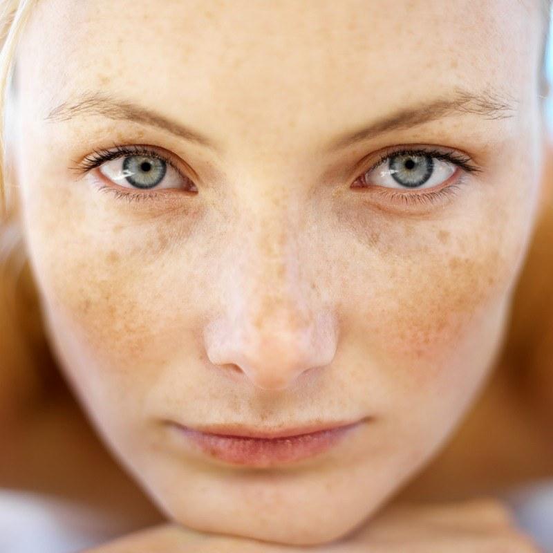 Активный отбеливающий крем для лица eveline