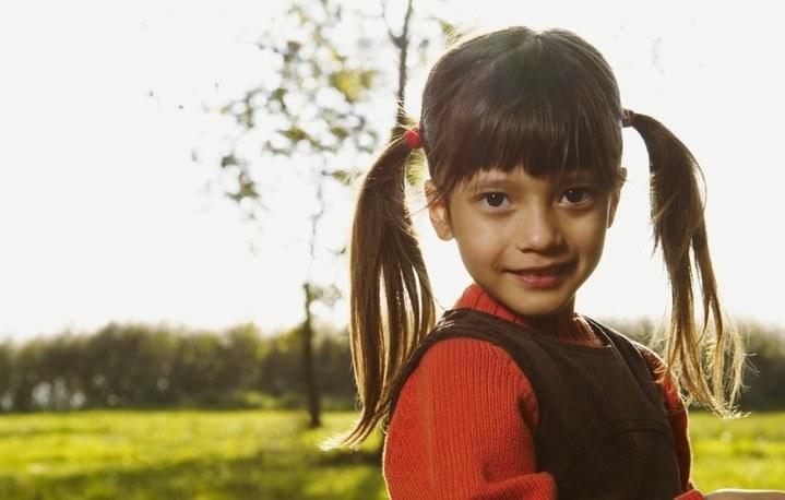 Стимулировать рост волос у ребенка