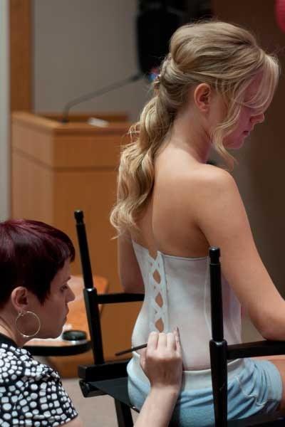 Как сшить необычное свадебное платье :: как сшить платье самой