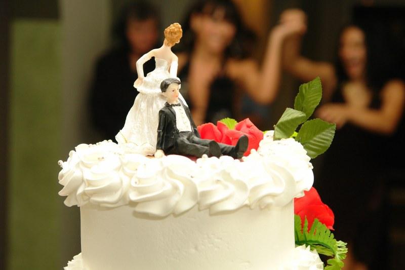 Как провести свадьбу дёшево