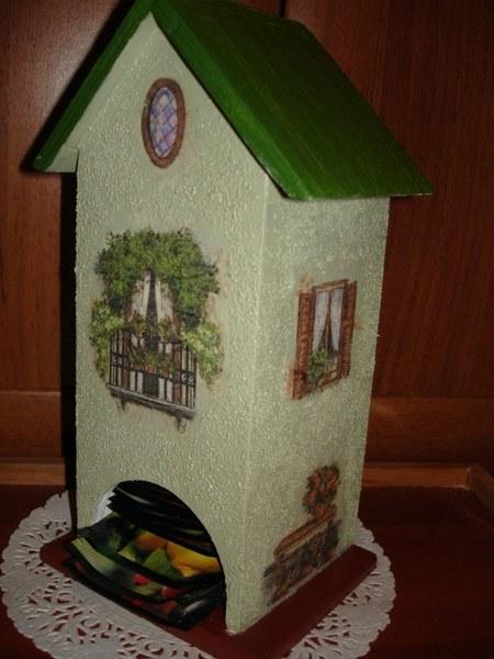 домик из коробки из под сока