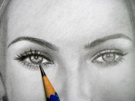 сделать из фотографии рисунок карандашом: