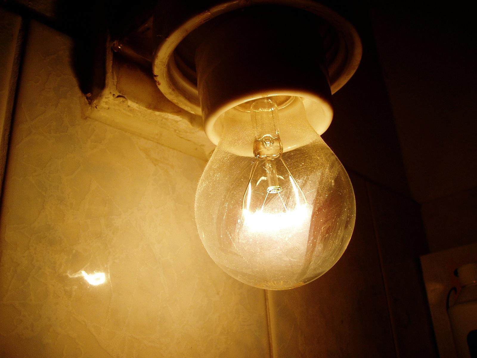 1 лампочка 1 выключатель 1 розетка схема подключения