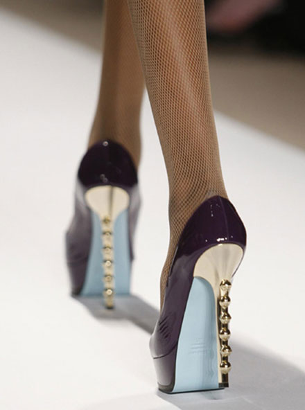 Как кожаную обувь сделать мягче