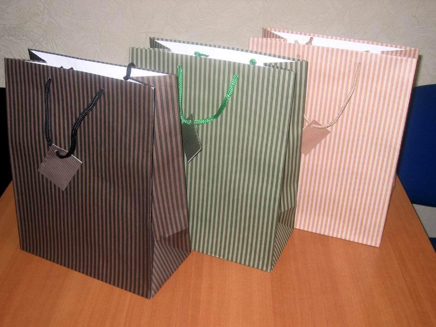 сделать подарочный пакет