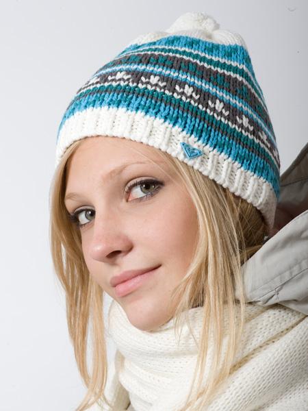 украсить вязаную шапку,