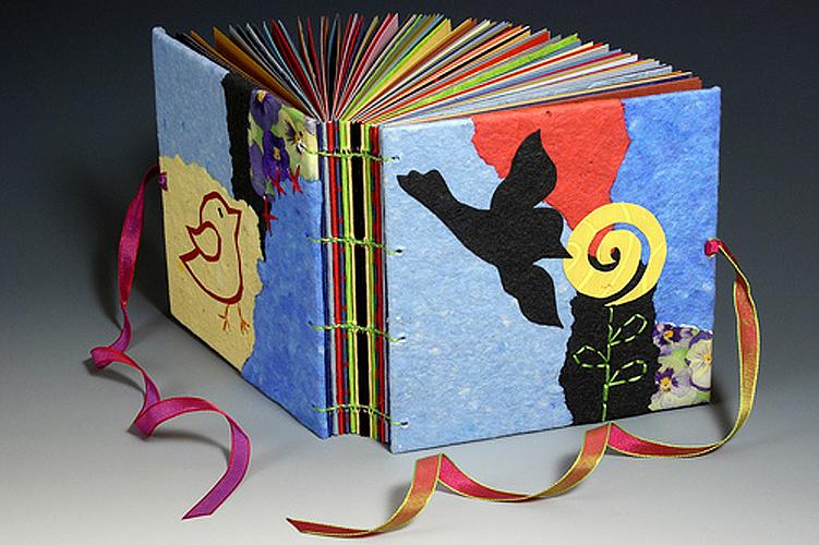 Сделать своими руками детскую книгу