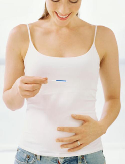 На какой день можно распознать симптомы беременности