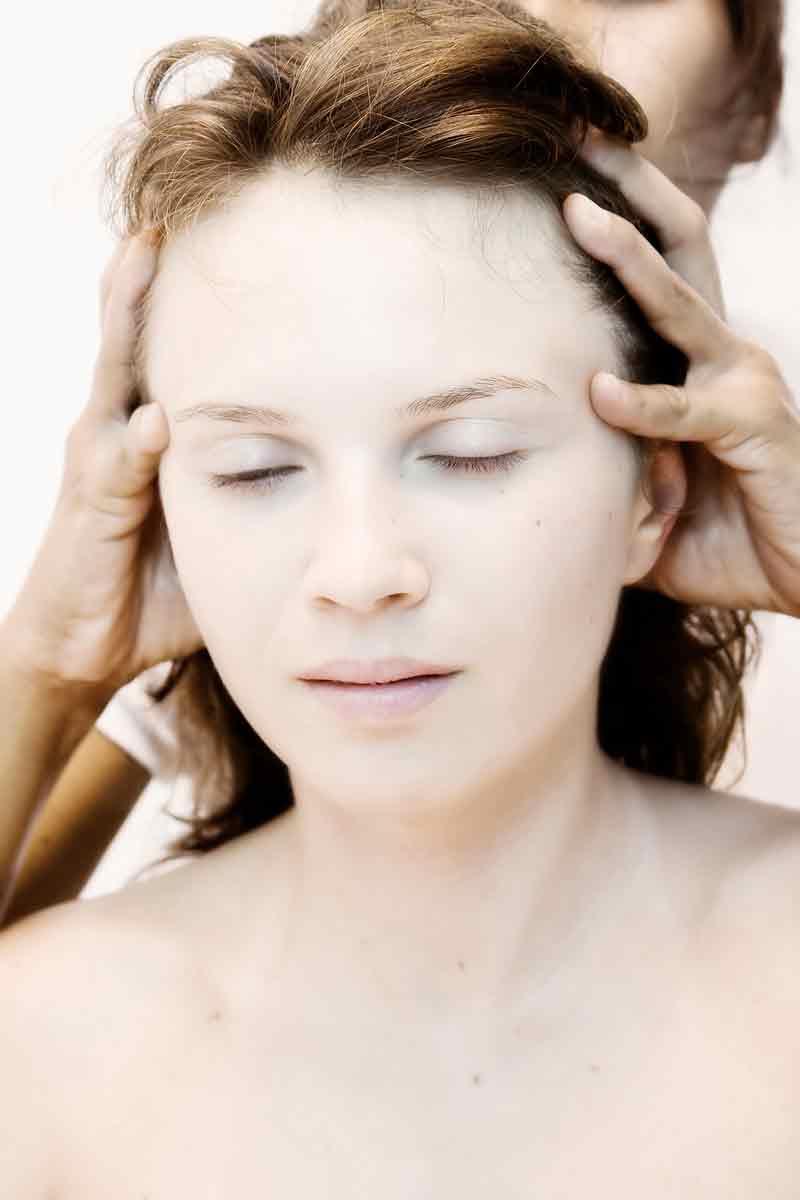 Что делать если масло не смывается с волос
