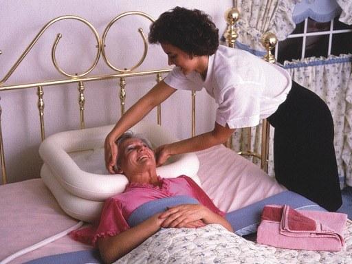 Как искупать лежачего больного дома дом для престарелых город ижевск