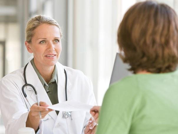 Примут ли в поликлинике без полиса