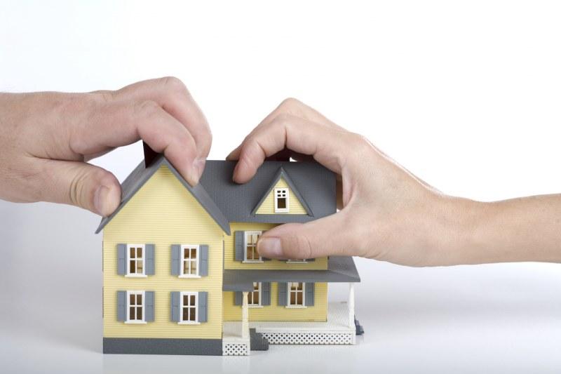 Доля в приватизированной квартире права