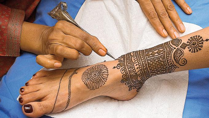 Как сделать временную татуировкой хной в домашних условиях