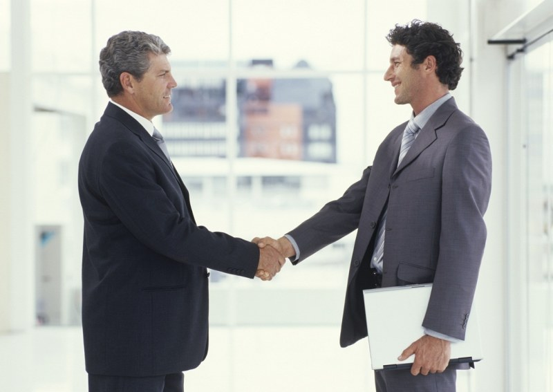 Контракт и договор: в чем отличие?