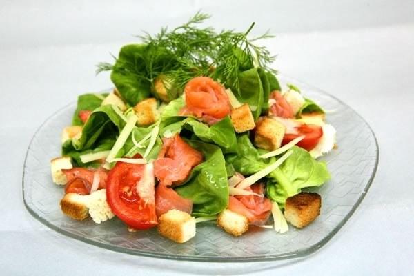 рецепт салат из слабосоленой семги