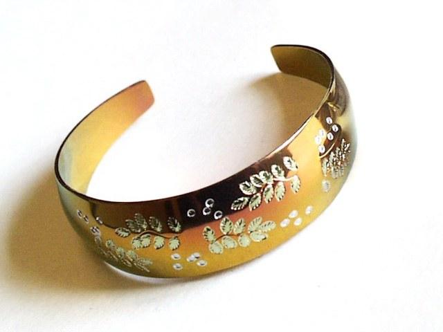 Лечебные циркониевые браслеты из
