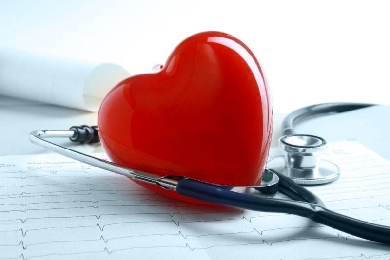 Почему щемит сердце причины что делать