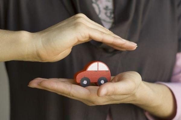 Сколько стоит вписать в страховку водителя без стажа 2019?