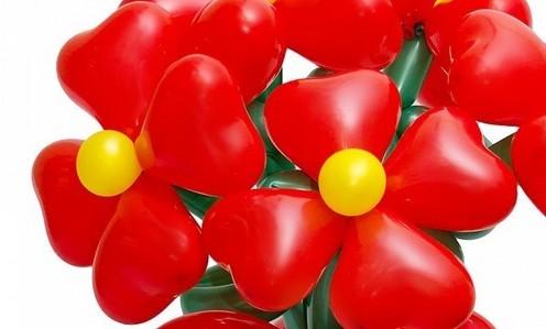 17Как сделать цветок из шариков