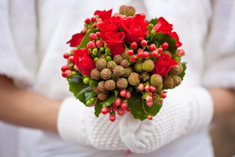 Кто должен выбирать букет на свадьбу купить листья и цветы дурмана
