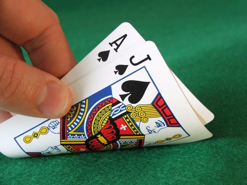 Игра в очко в карты