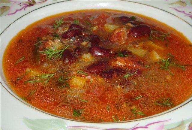 Суп из фасоли и свинины