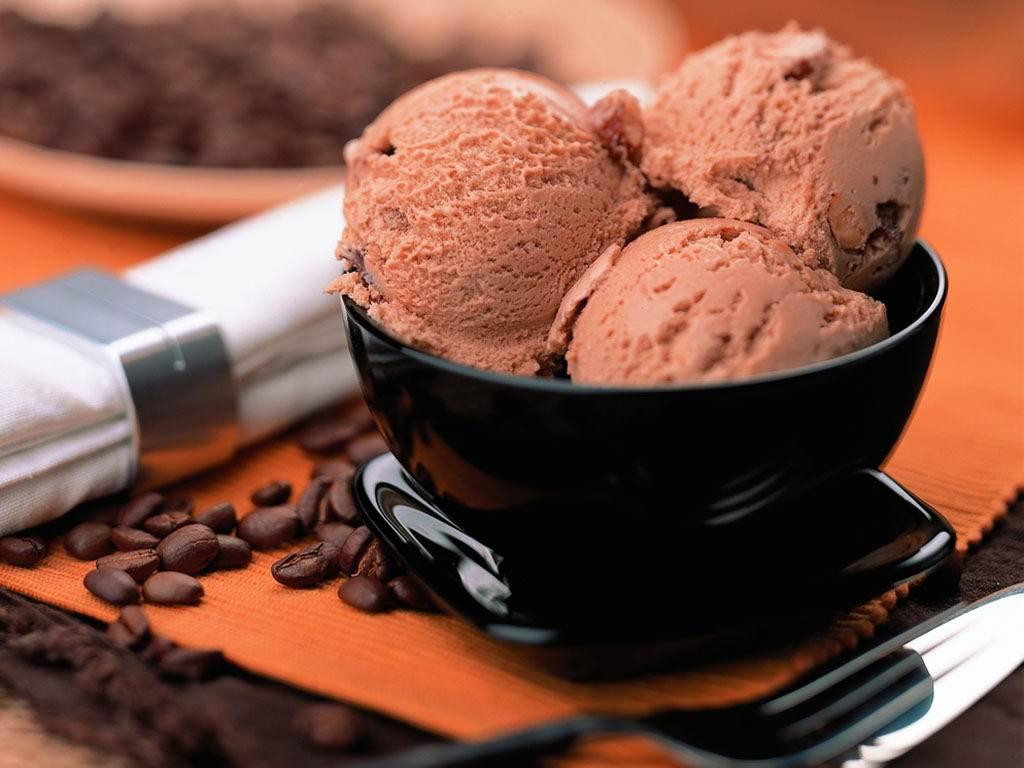 Картинки по запросу Шоколадное мороженое из ряженки
