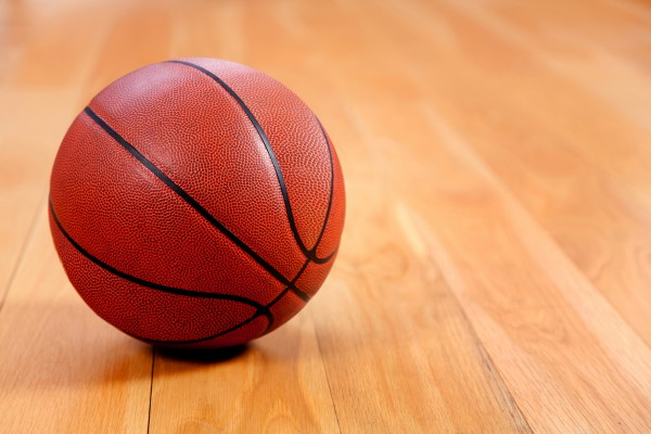 Секс с баскетбольным мячом