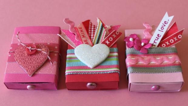 Подарки и сувениры на 23 февраля и 8 100
