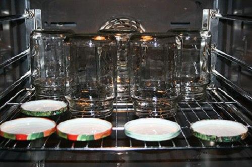 как стерилизовать в духовке банки с грибами