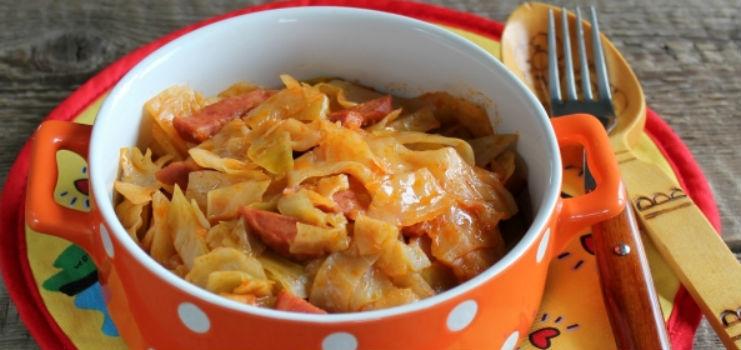 колбасой Как приготовить с тушеную капусту