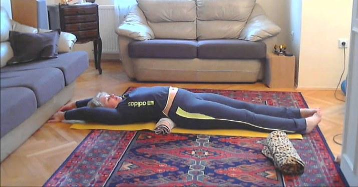 Метод Фукуцудзи: чудо-валик для похудения и прямой спины