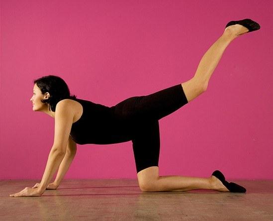 Секреты увеличения груди упражнения