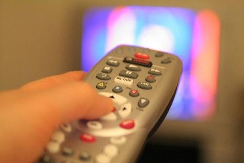 как включить телевизор самсунг
