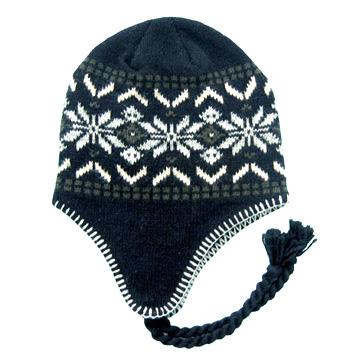 связать шапку из буклированной пряжи для женщины