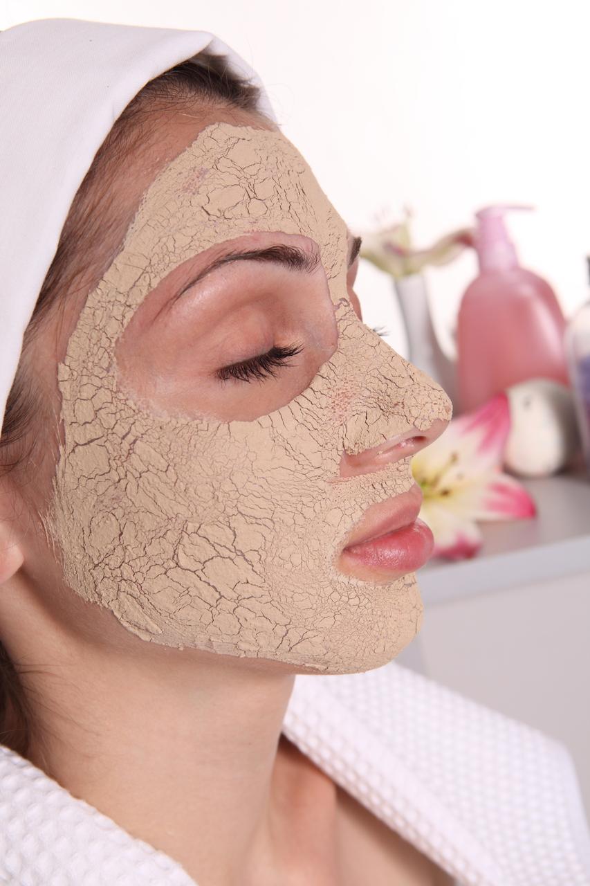 Чистка лица в домашних условиях, как очистить лицо