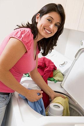 эффективно убрать жирное пятно на джинсах