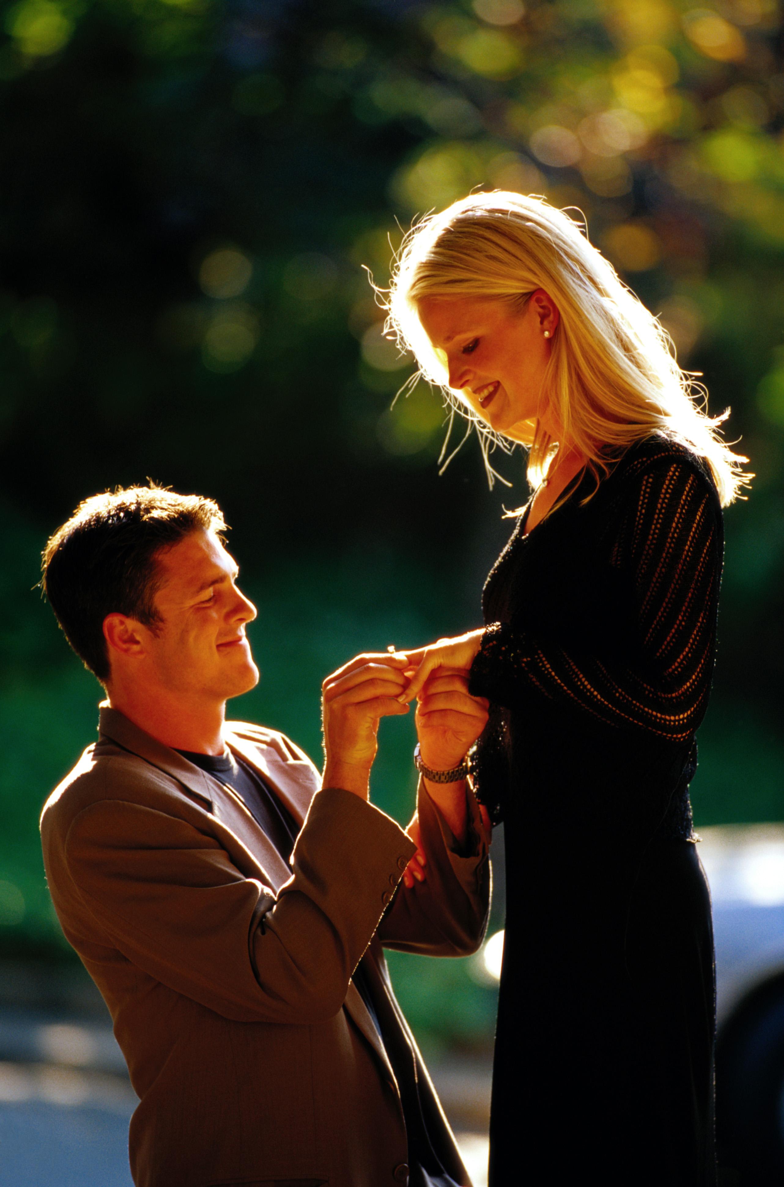 Как сделать предложение парню? Предложение руки 56