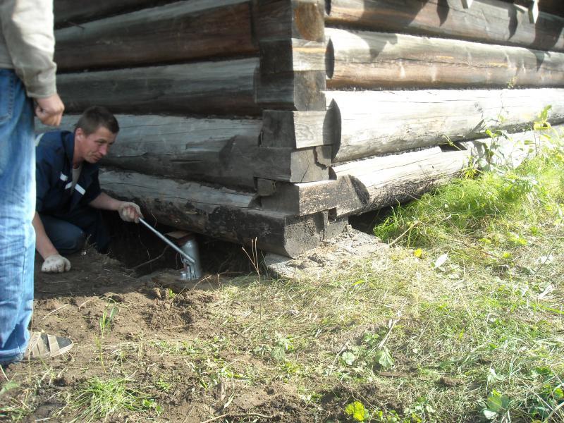 kak-podnyat-dachniy-domik-domkratom-video-yaponochki-v-kupalnikah-foto