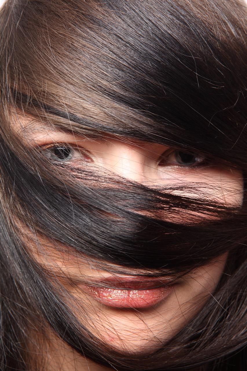 как из черного цвета волос сделать светлый