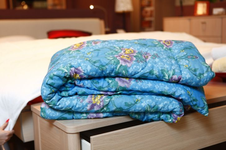 Как быстро сшить пуховое одеяло