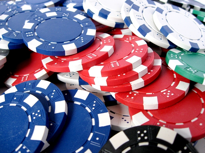 Трюки c покерными фишками (chipspinning tricks