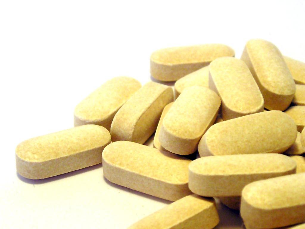 какие лекарства принимать при повышенном холестерине