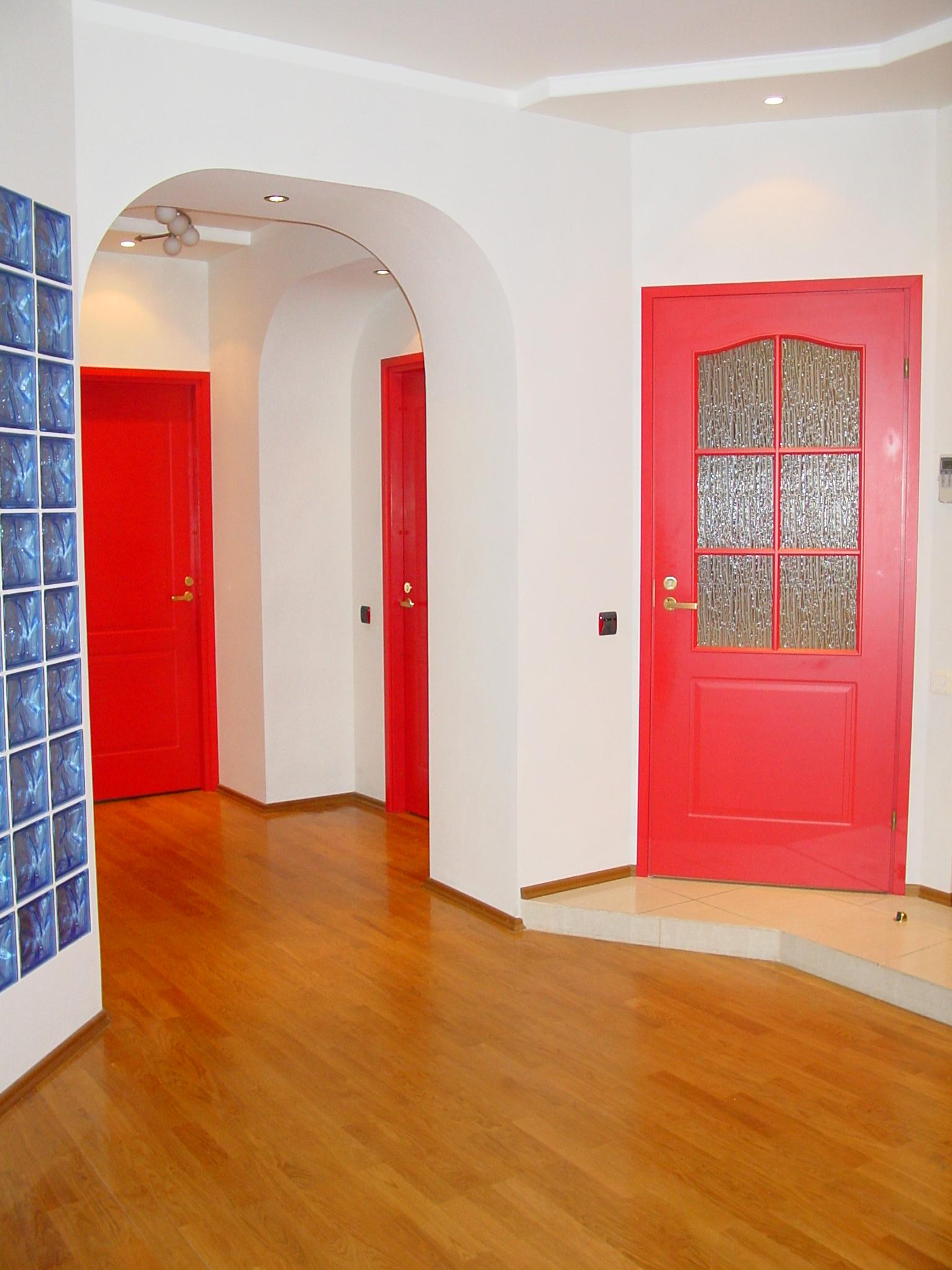 Покрасить межкомнатные двери фото