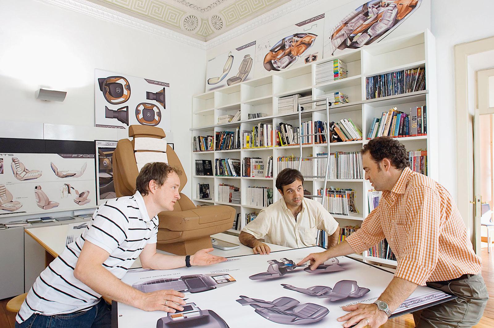 Менеджер проектов в дизайн студию