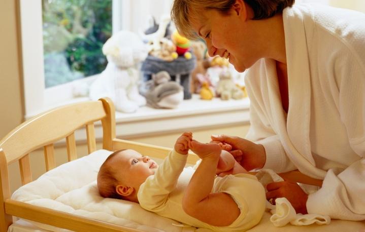 Как убрать жвачку с волос у ребенка