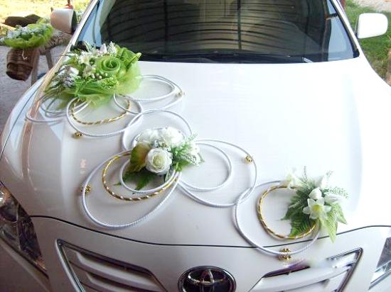 Как сделать ленты на свадебные машины