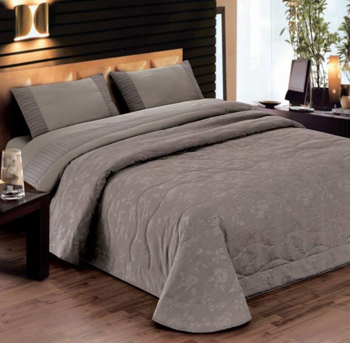 Как сшить покрывало на кровать из лоскутков 5