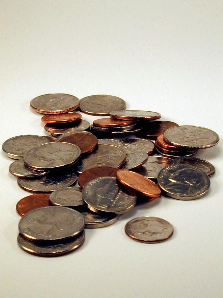 Как делать фокусы с монетой