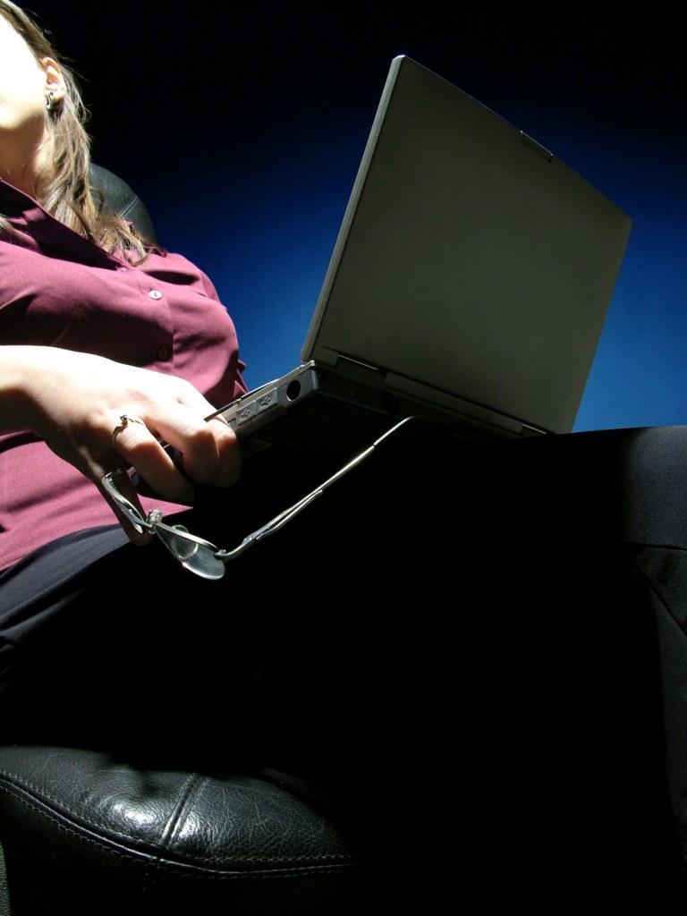 как поставить пароль на знакомства